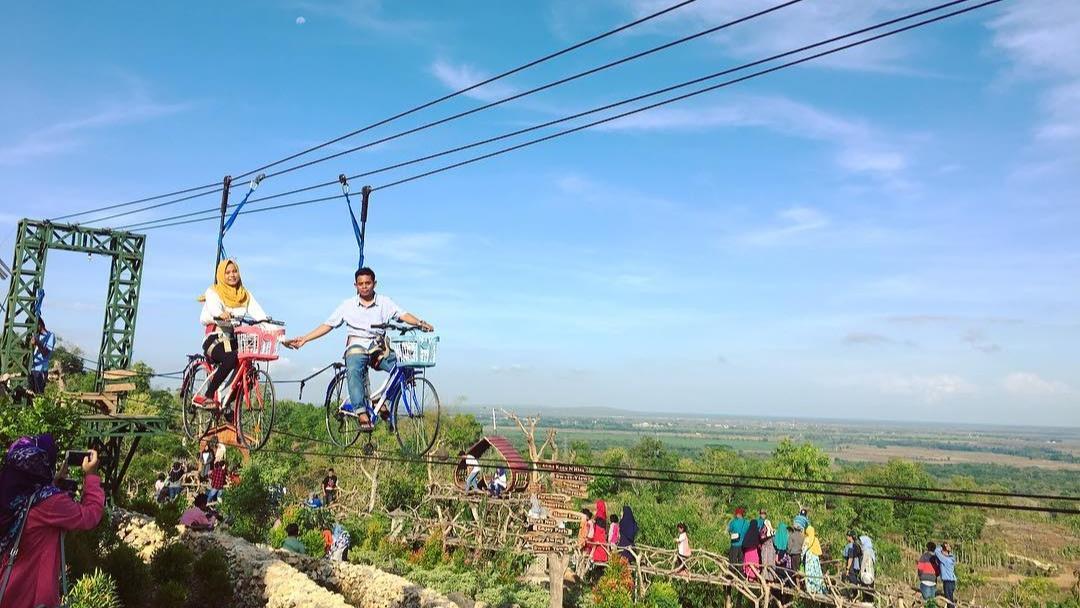 Bukit Tinggi Wisata Alam Favorit Di Kabupaten Sumenep